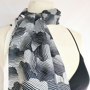 ABSTRACT Silky Head/Neck Scarf #hundredsofscaves